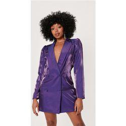 Petite Metallic Deep V-Neck Blazer Dress - Nasty Gal - Modalova