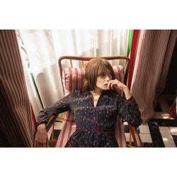 Robe splendide en soie REINE ELISABETH NUIT - SOI PARIS - Modalova