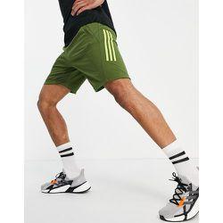 Adidas Training - Short à 3 bandes - Kaki - adidas performance - Modalova