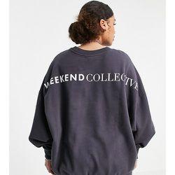 ASOS Curve - Weekend Collective - Sweat-shirt oversize avec logo - Gris ardoise - ASOS Weekend Collective - Modalova