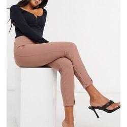 ASOS DESIGN Petite -Pantalon de tailleur slim en jersey fendu devant - Blush - ASOS Petite - Modalova