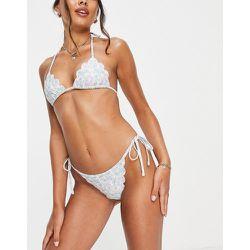 Haut de bikini triangle à bords festonnés - Pastel imprimé fleuri - Fashion Union - Modalova