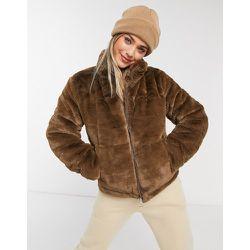 Veste en fausse fourrure à coutures apparentes - JDY - Modalova