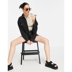 Veste en jean avec ourlet effrangé - Mango - Modalova