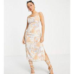 Robe nuisette longueur mollet nouée dans le dos à imprimé abstrait - Missguided Petite - Modalova