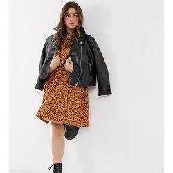 New Look Curve - Robe courte à taille froncée - Imprimé animal - New Look Plus - Modalova