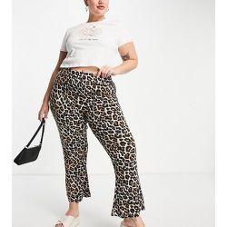 Pantalon évasé en coton biologique mélangé et imprimé léopard - Noisy May Curve - Modalova
