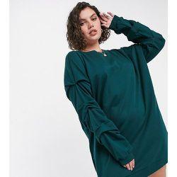 Robe sweat-shirt oversize avec détails sur les manches - Vert foncé - Noisy May Curve - Modalova