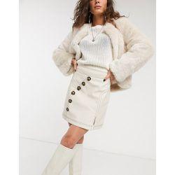 Mini-jupe en imitation cuir boutonnée sur le devant - Crème - Topshop - Modalova