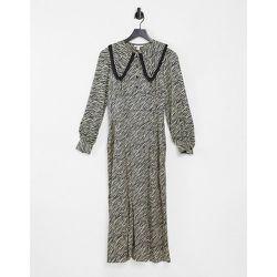 Robe mi-longue à col fantaisie et imprimé zèbre - Noir et blanc - Topshop - Modalova