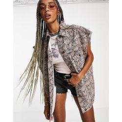 Veste d'ensemble oversize sans manches en jean à imprimé fleuri - Topshop - Modalova