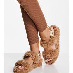Exclusivité - Oh Yeah - Sandales plates imitation peau de mouton à double sangle - Châtaigne - Ugg - Modalova