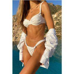 Culotte De Bikini Recyclée À Détail Nœud - White - Hanna Schönberg x NA-KD - Modalova