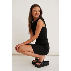 Robe Mini À Coutures Contrastantes - Black - Marije Zuurveld x NA-KD - Modalova