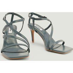 Escarpins Asymétriques À Lanières - Grey - NA-KD Shoes - Modalova