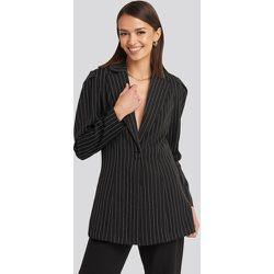 Pinstriped Puff Shoulder Blazer - Black - NA-KD Classic - Modalova