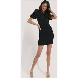 Smocked Puff Sleeve Dress - Black - NA-KD Party - Modalova